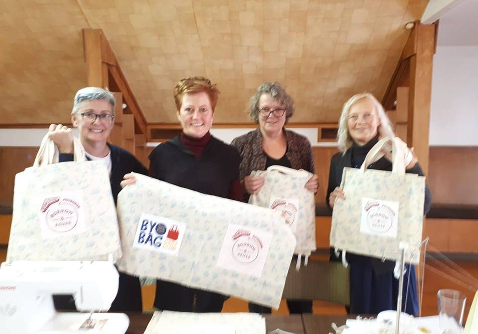 On Saturday 7th July 2018, the sewers joined in for the nationwide Boomerang Bag Sewing Working Bee for Plastic Bag free July. 31 bags were completed, which were given to participating Grey Lynn businesses. Awesome effort, thank you to those who joined in.